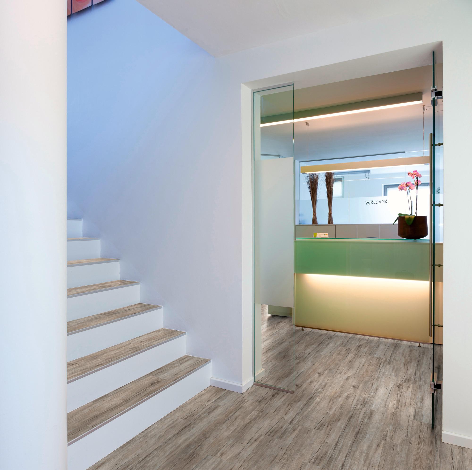 Raumbild - Designboden - Contract 0,55 Planke kleben 1