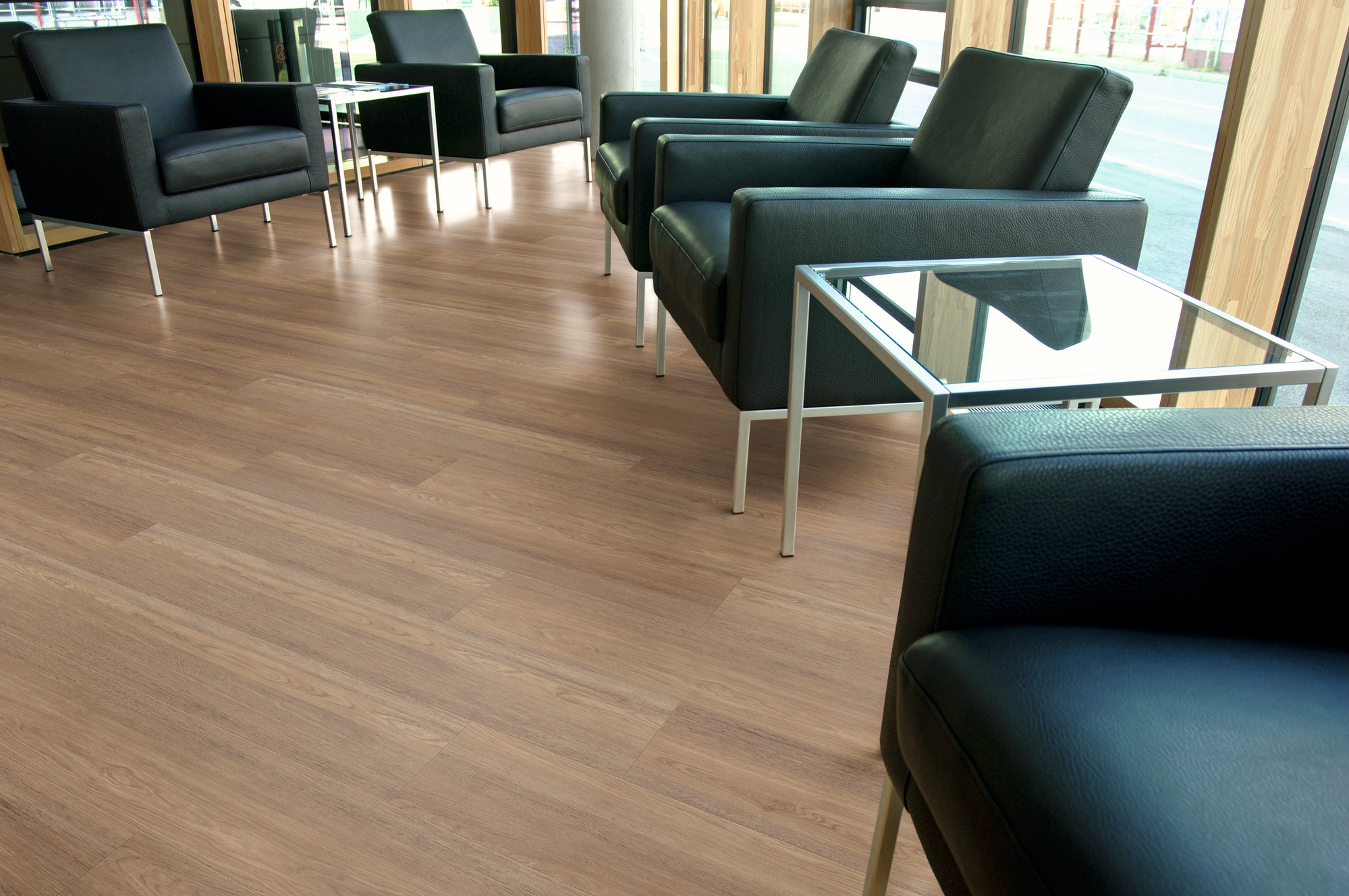 Raumbild - Designboden - Contract 0,55 Planke kleben 2